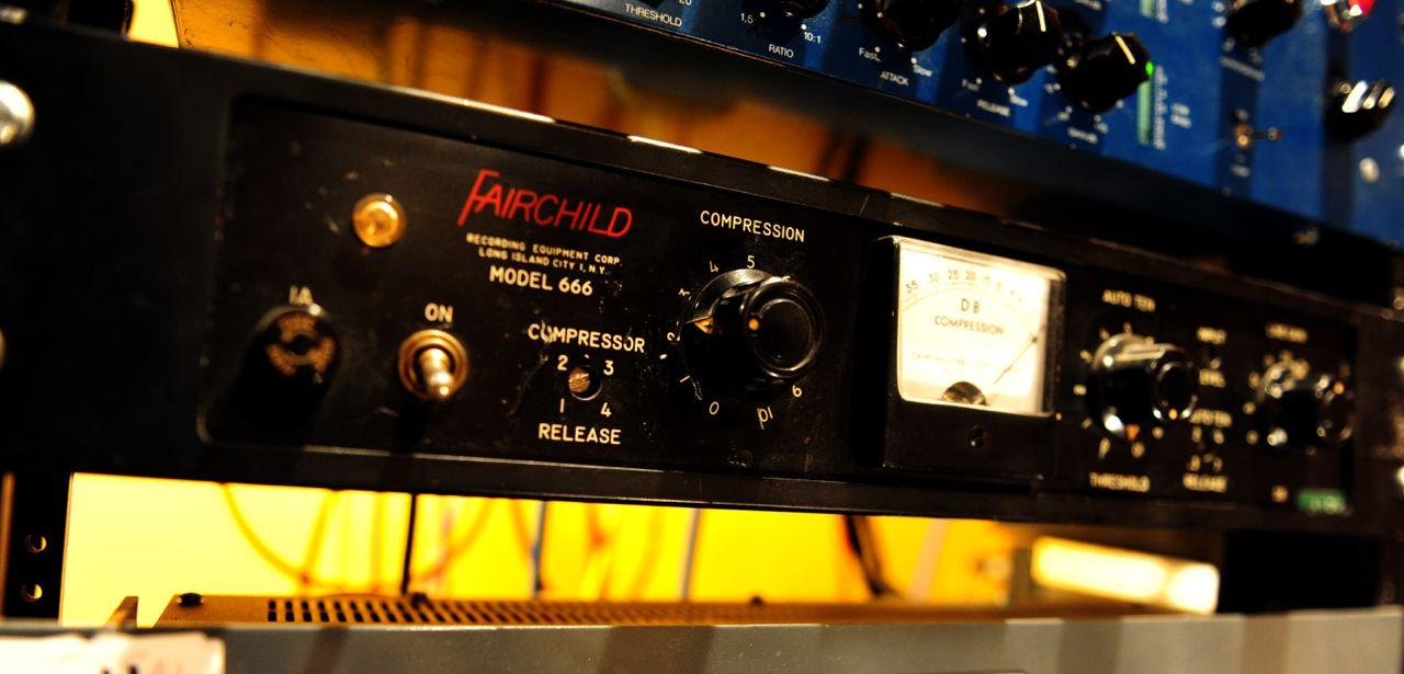 Fairchild 666